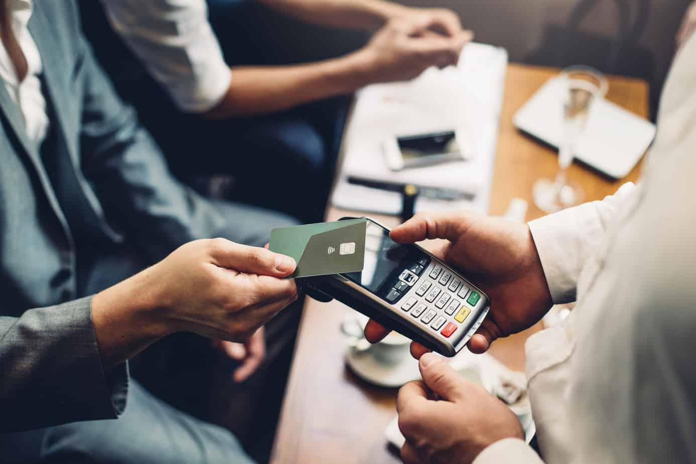 contactless-card-payment-74484201
