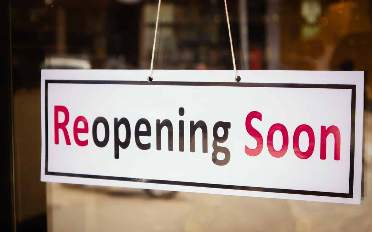 Restaurant merchants are beginning to reopen amidst strict COVID-19 regulations.
