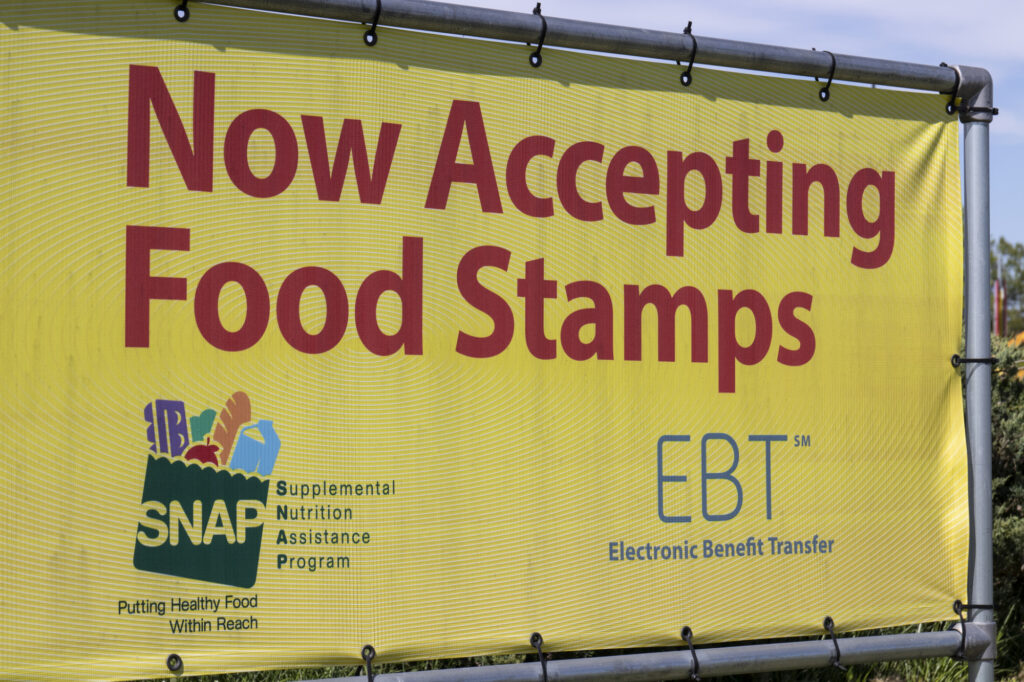 Snap And Ebt Accepted Here Sign Snap And Food Stamps Provide Nutrition Benefits To Help The Budgets Of Disadvantaged Families 182497833