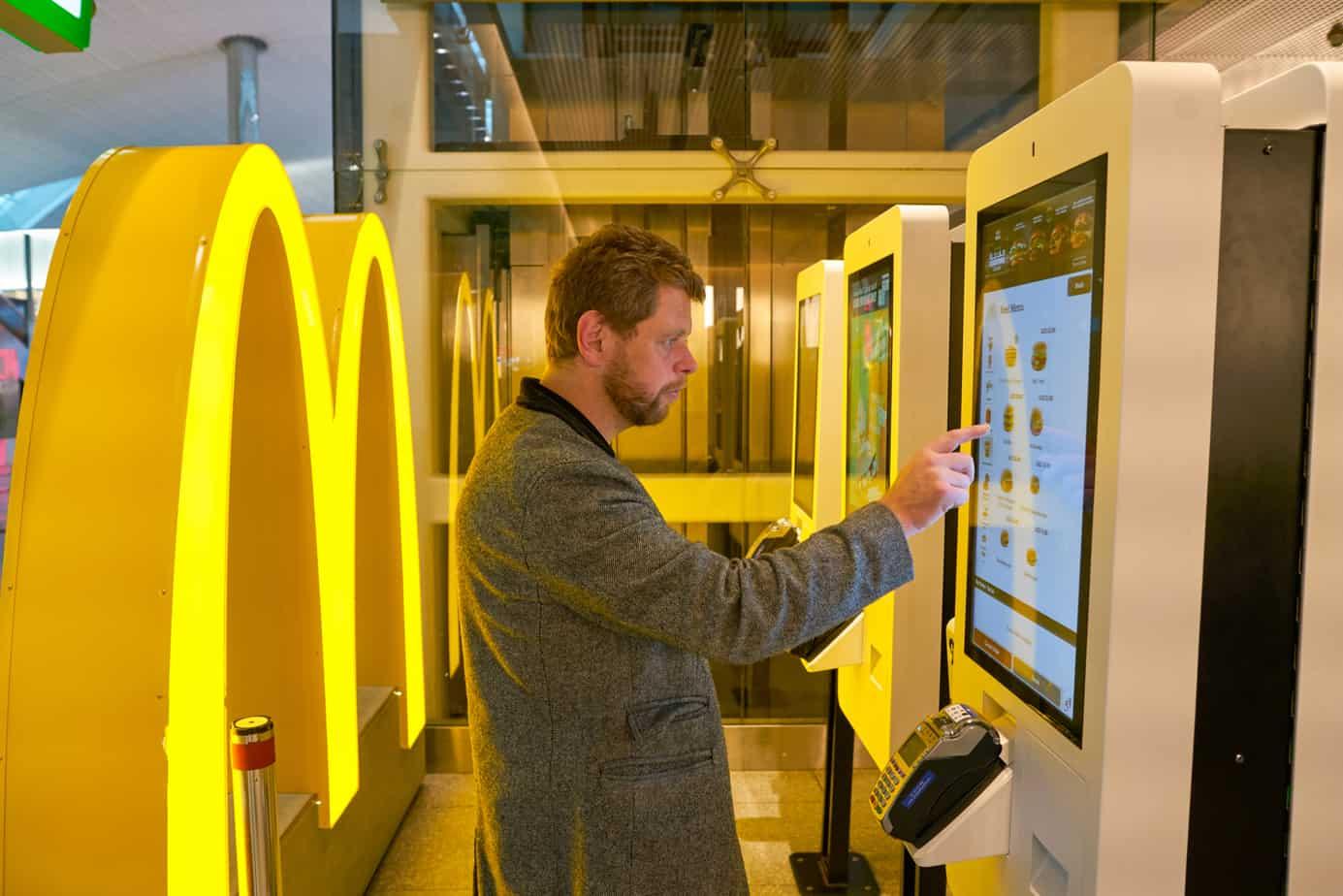 self ordering kiosks at mcdonalds 157443259